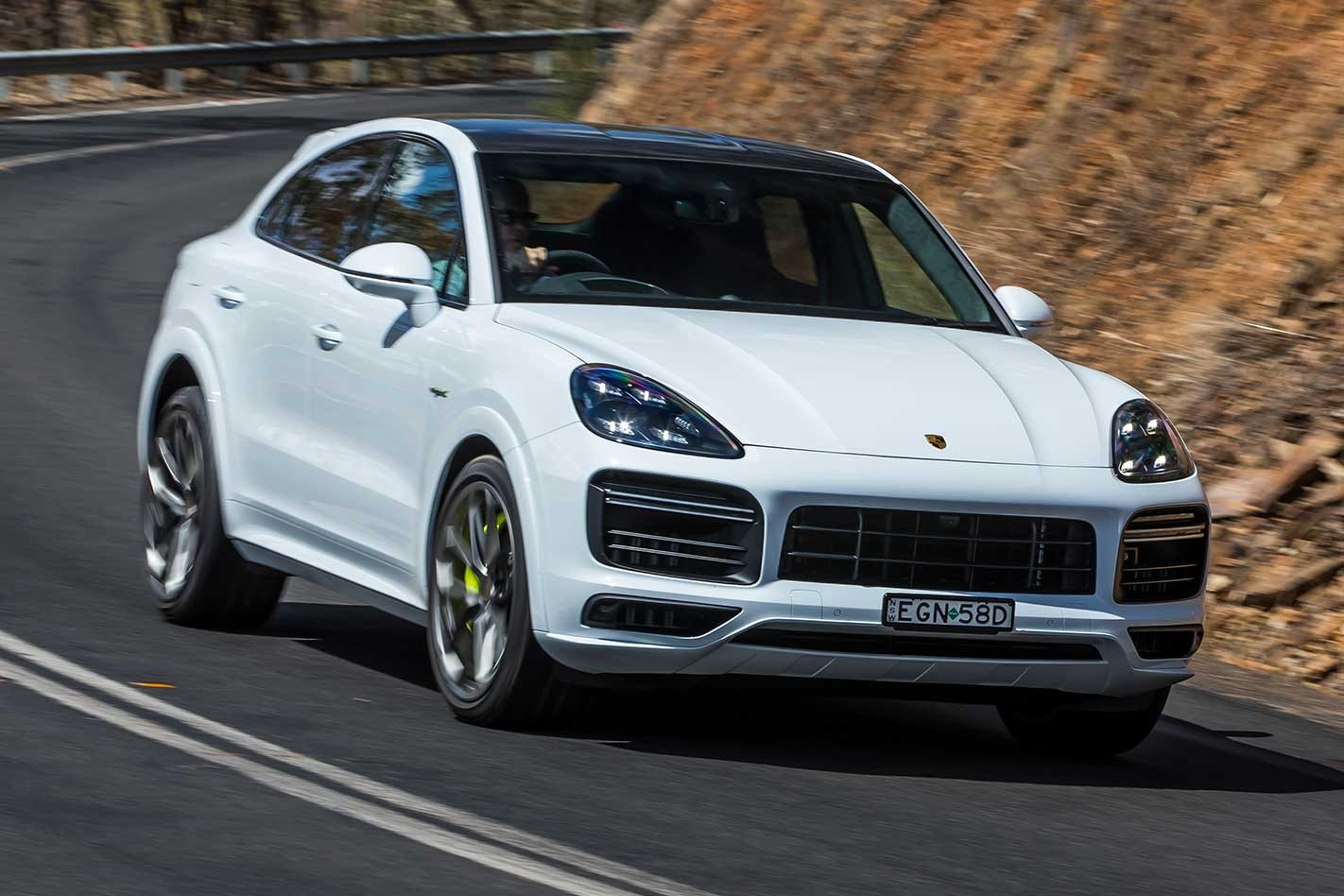 Porsche Cayenne Turbo S E Hybrid Coupe 2020 Review