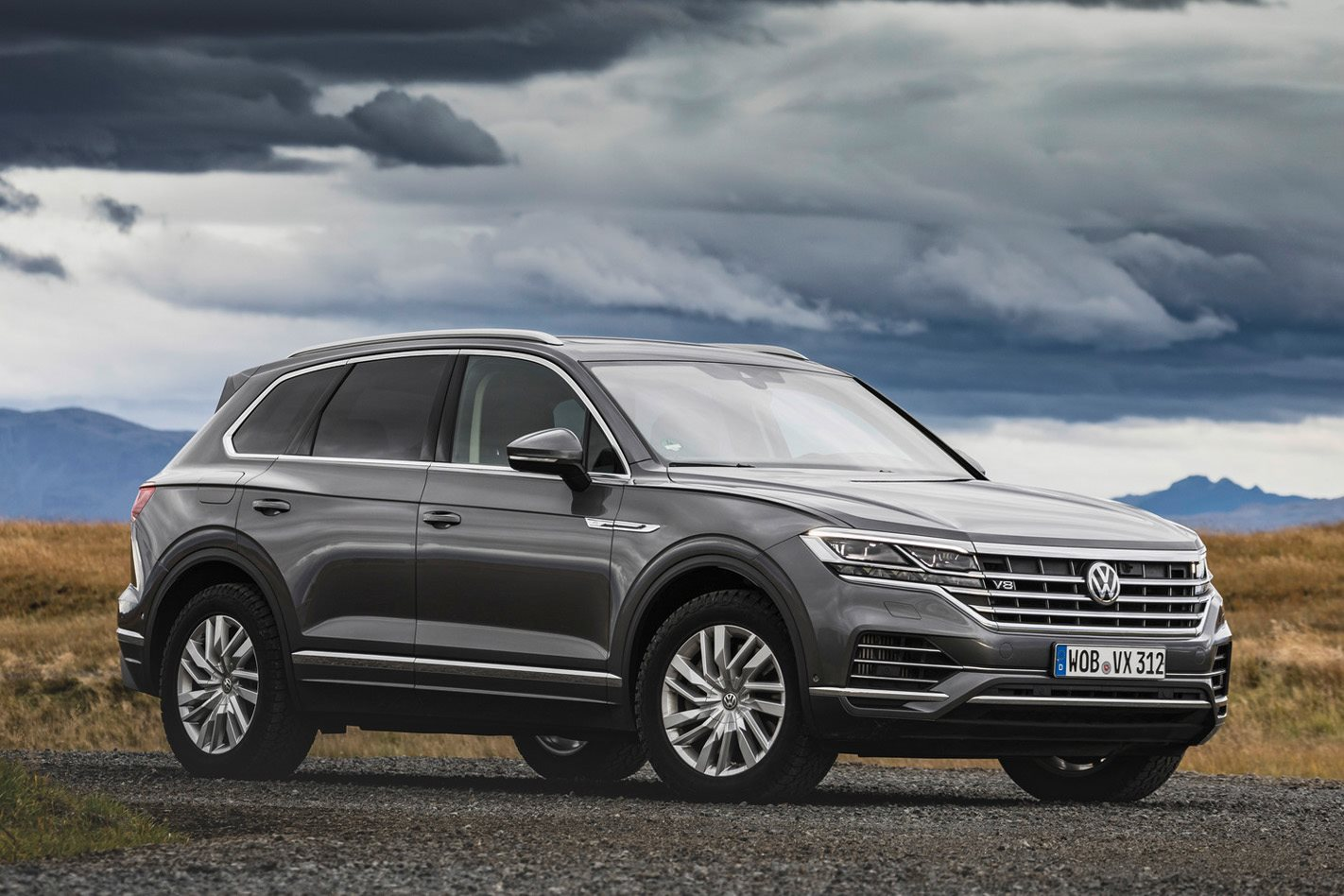 whichcar com au on flipboard 2020 volkswagen touareg v8 tdi confirmed flipboard