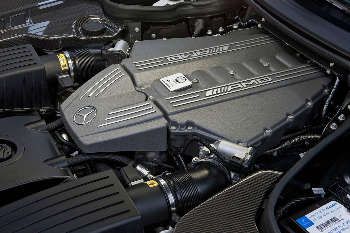 Mercedes-Benz AMG SLS engine