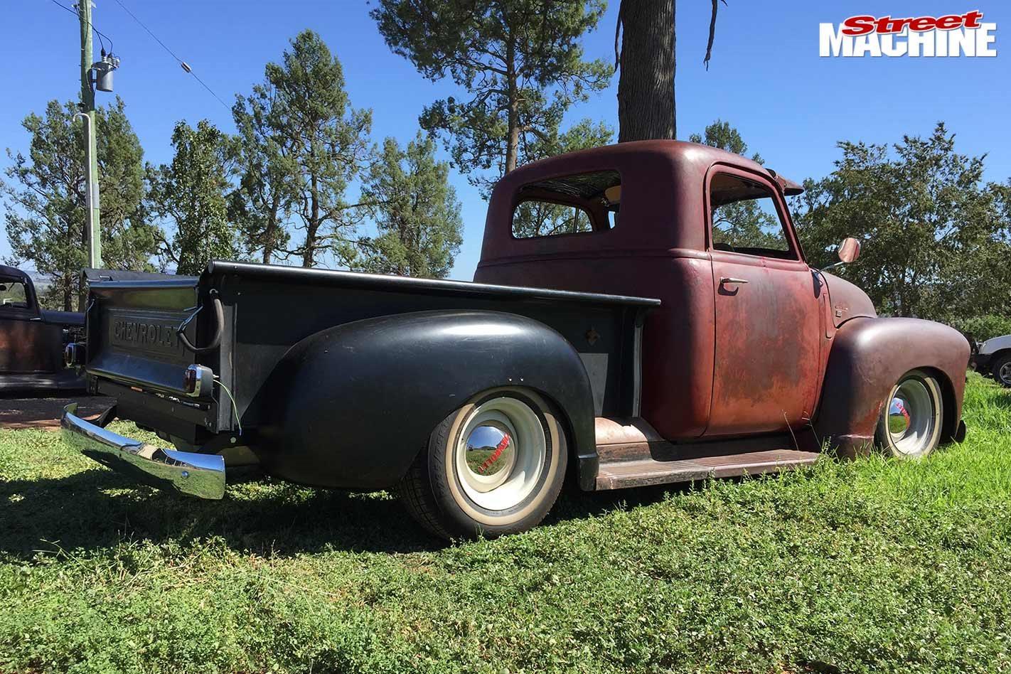 1952 Chevrolet pick-up build
