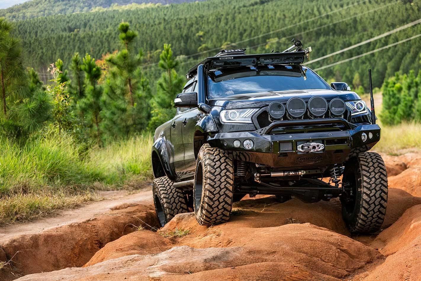 High-Performance Trucks & Pick-Ups - cover