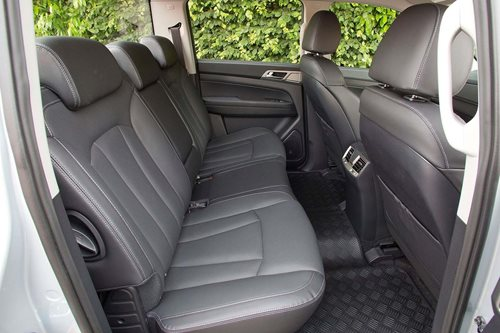 SsangYong Musso rear seats