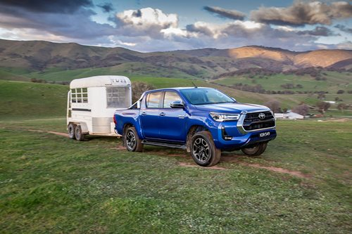 Hilux towing