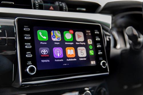 Hilux Toyota apple carplay