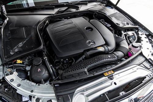 Mercedes-Benz C200 ENGINE