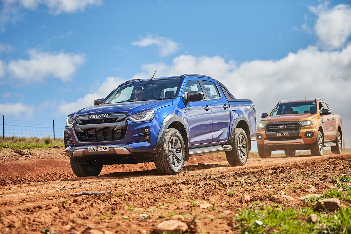 2020 Isuzu D-Max X-Terrain vs 2020 Ford Ranger Wildtrak comparison test
