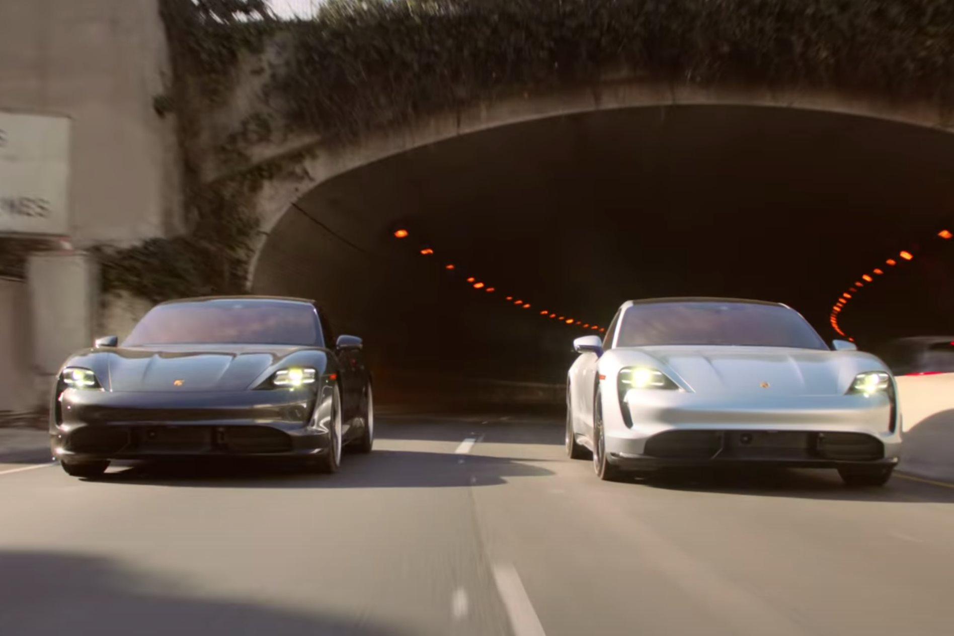 Video: Porsche Taycan Turbo road-trip with... Keanu Reeves and Alex Winter?!