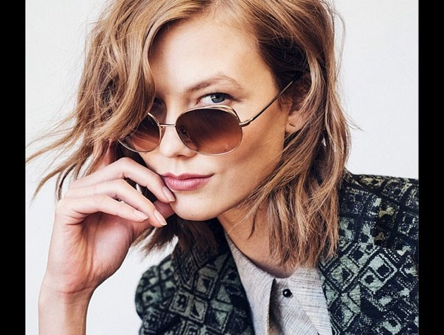 Top model (and Taylor Swift's BFF) Karlie Kloss shows off her textured and tousled shorter 'do.
