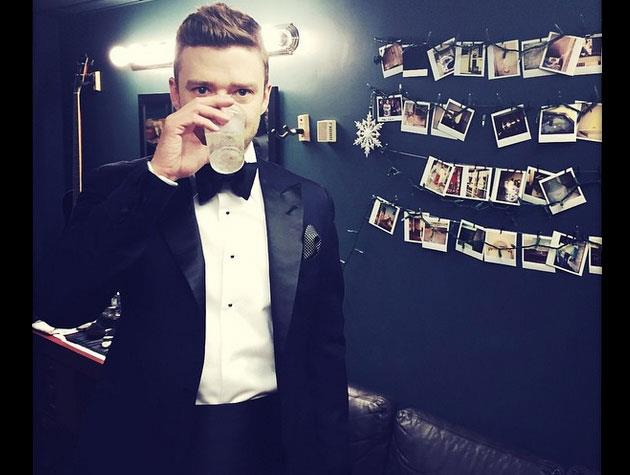 Justin Timberlake suits up for SNL 40.