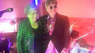 Elton John's mum hires lookalike for her birthday party