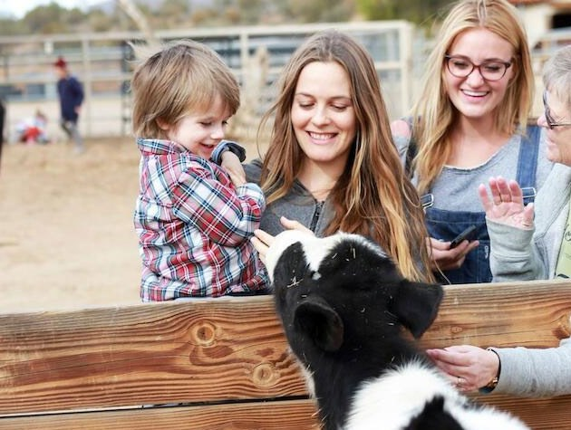 Alicia Silverstone's little boy is named Bear Blu Jarecki. Bear seems to be a popular name for celebrities to name their kids - Red Hot Chili Peppers frontman Anthony Kiedis has a son named Everly Bear, Kate Winslet named her youngest, a boy with Ned Rocknroll, Bear Blaze.